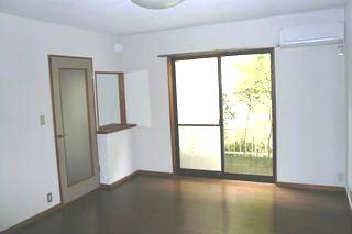 Living Room (A wooden floor room)