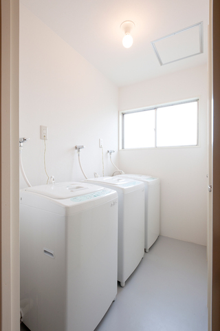 Common Area (Washing machines)