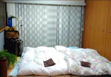 (Room 4)