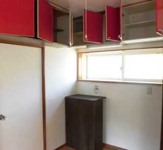 Living Room (Storage)