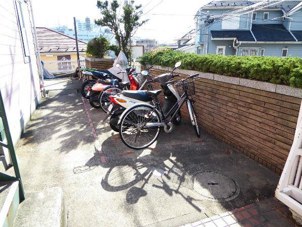 Common Area (Bike Parking)