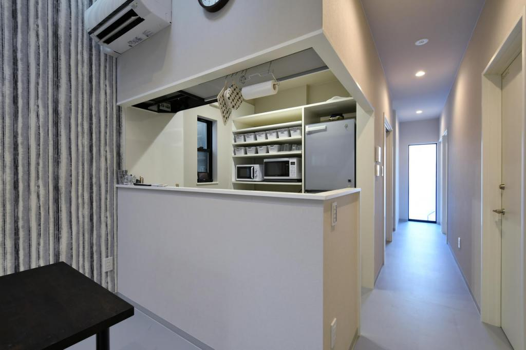 Common Area (Kitchen)