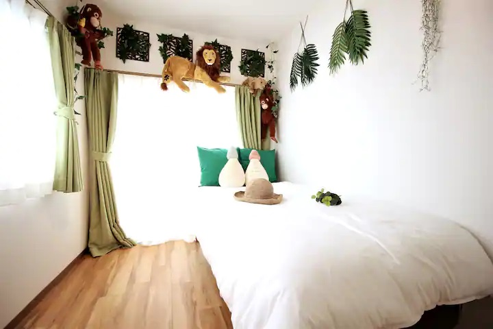 (5F: Bed Room)