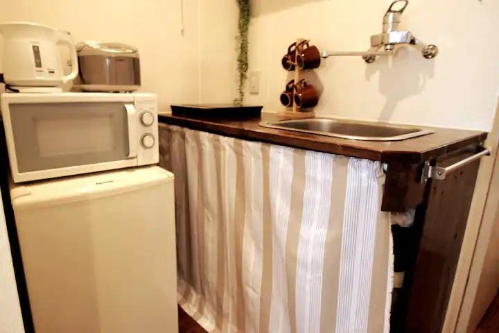 (1F: Kitchen)