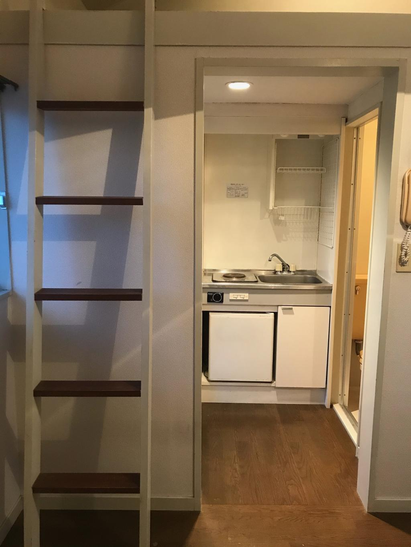 Kitchen (Loft)