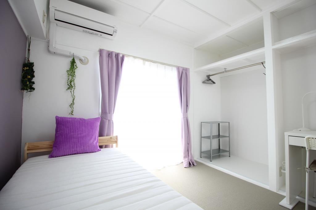 Bedroom (Room 501)